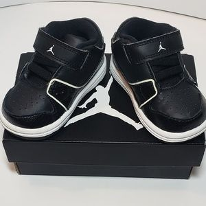 ☆Like New Air Jordan 1 FLIGHT 2 low 3c Black/white